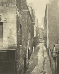 Laigh Kirk Close, 1868